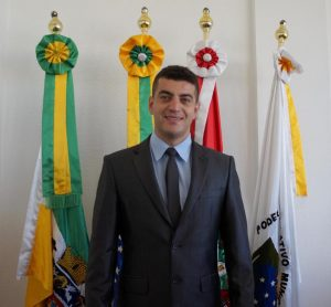 Rhoomening Souza Rodrigues