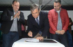 Eduardo Moreia Inaugurou delegacia e assinou odem de serviço (2)